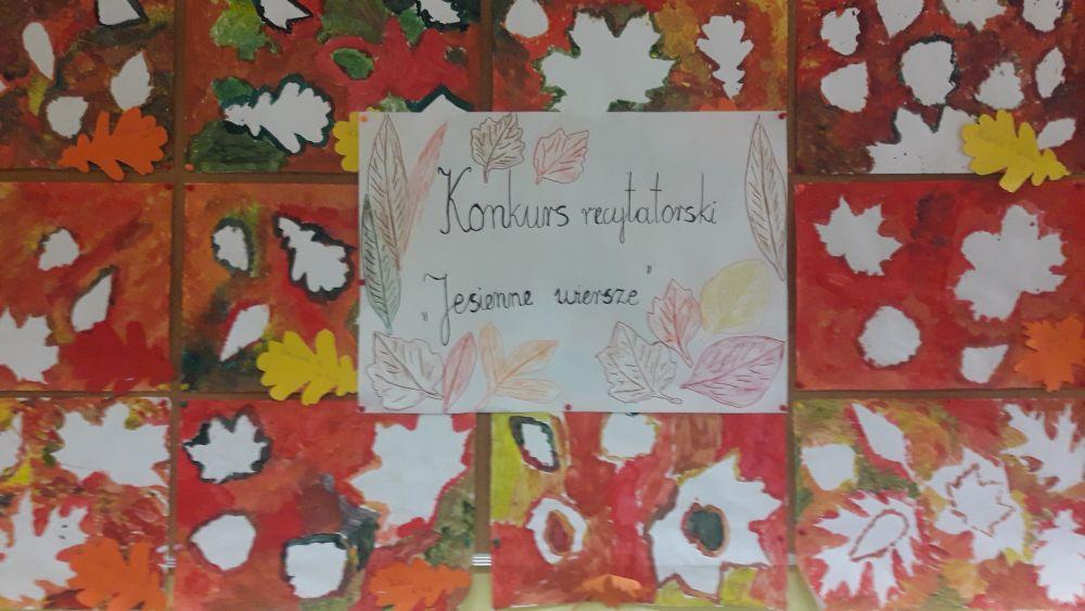 Dekoracja konkursowa wykonana przez uczniów klas trzecich