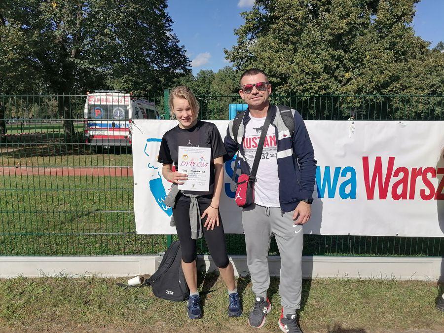 Zuzanna Malarska z trenerem Jarosławem Glinickim