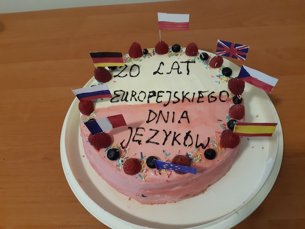 zdjęcie tortu, który wykonała Julia, która zajęła I miejsce w konkursie